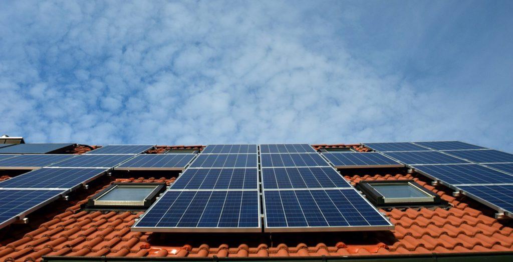 Spórolás és napelem – Itt a lehetőség, hogy leszámolj a rezsiszámláiddal!